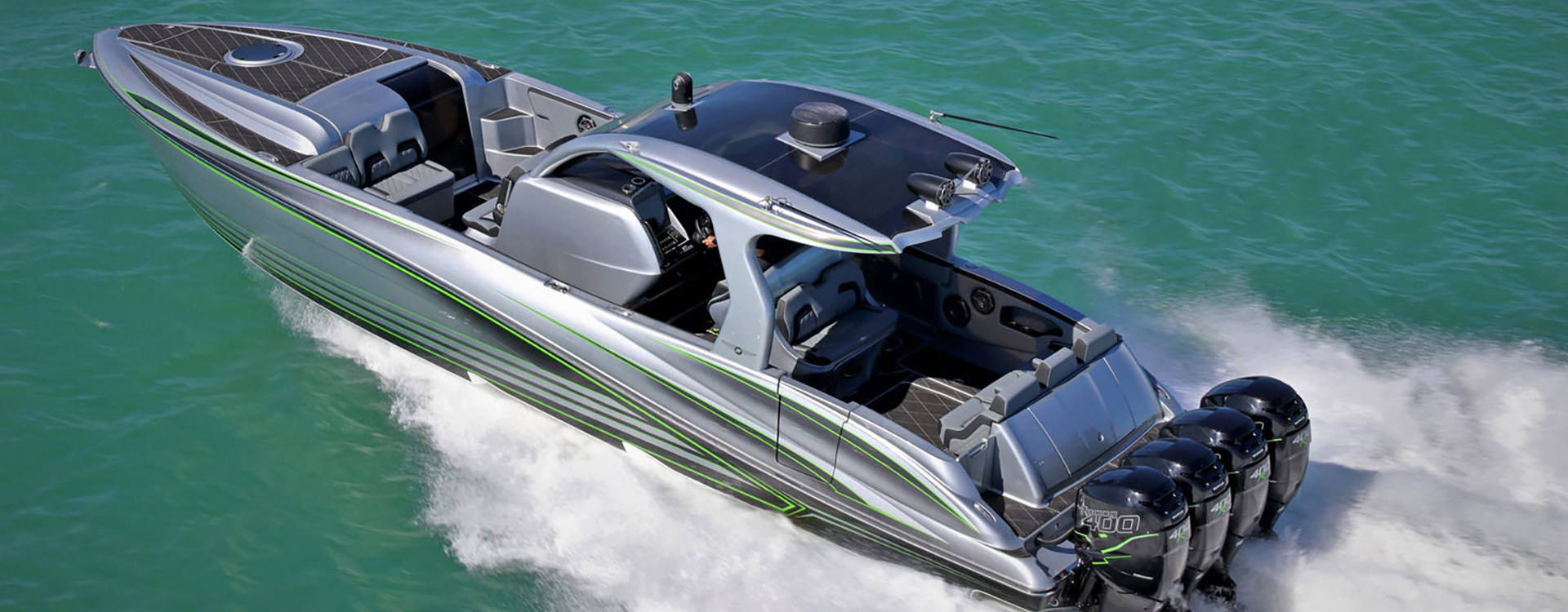 Deep Impact 399 Cabin boat